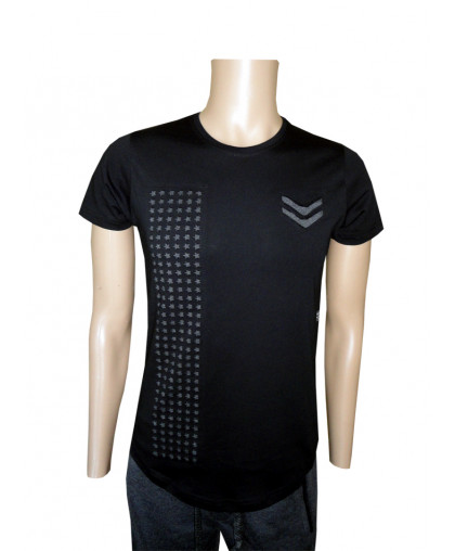Черная мужская футболка