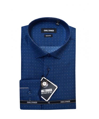Синяя рубашка в мелкий узор